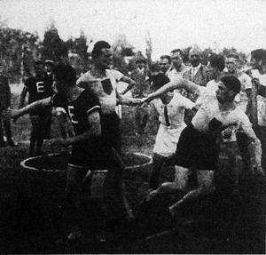 Váltás az 5x400 méteres bajnoki stafétában Aczél-dr. Szerelemhegyi-Grosz-Fixl