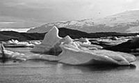 Az északi-sarki jegek napsütésben