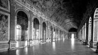 A versaillesi kastély tükörterme, ahol a német békeszerződést aláírták