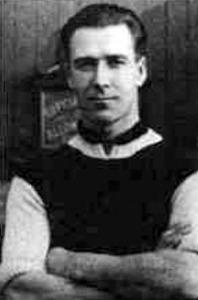 Andy Ducat az Aston Villa csapatkapitánya 1920-ban