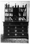 Híres bútoriparunk egy szép darabja (a Hangya által hirdetett könyvszekrény)