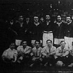A Galata Serai (török főiskolások) és a magyar főiskolai kombinált csapat, az állók a törökök