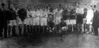 Az MTK és a Kecskeméti AC footballcsapatai