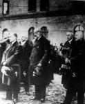 Rakovszky belügyminiszter(1), Nádassy országos főkapitány(2), Marinovics főkapitány(3), Szeszlér Hugő h. főkapitány(4) a főparancsnok Beniczky Tamás temetésén