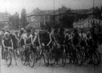 Az FTC 100 km-es kerékpárversenyének startja