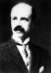 Bethlen István, miniszterelnök.