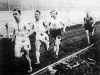 A 15 kilométeres futóbajnokság Gross vezet, Király a második, Kultsár a harmadik a képen