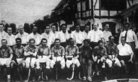 A Magyar Hockey Club és a Wiener Amateur Sport Verein csapata