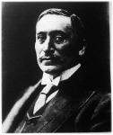 Bacher Emil, a magyar malomkirály, a 24 malomból álló konszern elnöke,