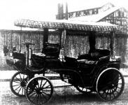 1896. 6 HP. 2 hengerű, szíjhajtás, Landaulet.