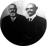 A jobb oldalon Wlassics Gyuka, a balon Hadik János