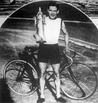 Eigner az ezüstkupával