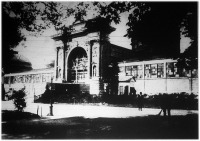 Az Iparcsarnokot az 1926-os Nemzetközi Embervédelmi Kiállításra kibővítették