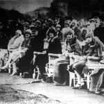 Az első lovaspóló mérkőzés közönsége, köztük Horthy Miklós és családja