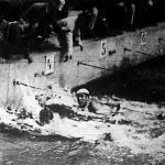 Az 1500 méteres verseny befutója. Halasi Olivér és a jászapáti Fehér II. István (fehér sapkában) holtversenyben ért célba