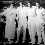 Ausztrália teniszezői Budapesten. A képen Kehrling Béla, Cummings és Moon (Ausztrália), Takács Imre
