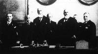 Az Országos Magyar Gazdasági Egyesület (OMGE) örökös tiszteletbeli elnökéül választotta gróf Apponyi Albertet.