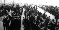Választók tömege a londoni Hyde-parkban