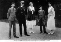 A Horthy család. Horthy István, Horthy Miklós, Horthy Miklósné, ifj. Horthy Miklós és Horthy Paulette
