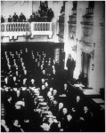 A Népszövetség hágai konferenciájának ülésterme (jobb oldal)