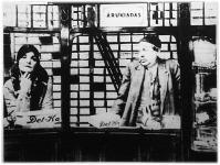 Cipőboltban (Berky Lili és Gózon Gyula)
