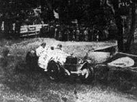 Rudolf Caracciola a verseny abszolút győztese a cél előtti fordulóban