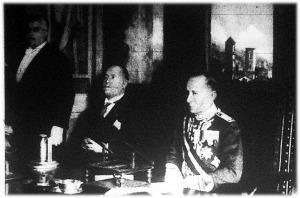 Mussolini és Marconi az elnökavató ünnepélyen,
