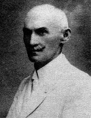 Méhely Lajos, biológus, fajvédő antiszemita teoretikus. A fajelmélet tudományos megalapozásával kísérletezett.