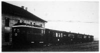 A szegedi gazdasági vasút Diesel-elektromos mozdonnyal vontatott vonata