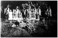 A Tiszakürt-kórhányi Faluszövetség juniálisának egy csoportja
