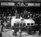 Zenélő autóbusz