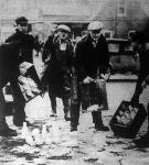 Tejháború Amerikában: a sztrájkoló farmerek kiöntik a sztrájktörők tejét.
