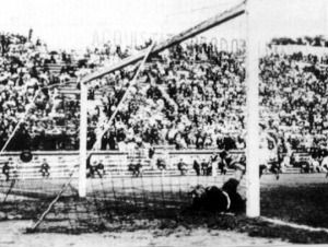 Combi olasz kapus a csehszlovák vezető gól után