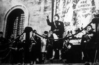 Olaszországban a munka ünnepén Mussolini nagyhatású beszédet mondott.